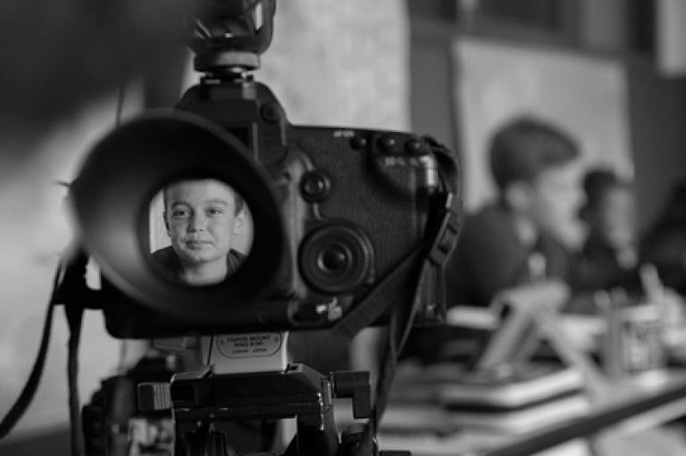 Produzione di video, film e interviste con post production per una scuola