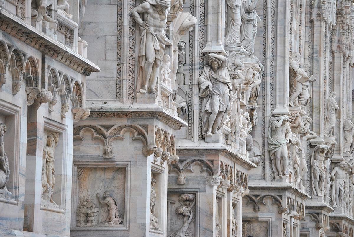Scarica foto di Milano - gratuite e in alta definizione su Jeyjoo.it! - 3.200 Statue del Duomo di Milano