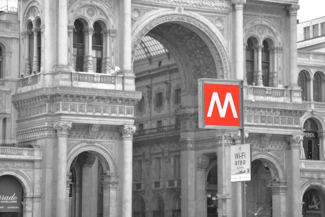 Metro 1 e la Galleria, Milano