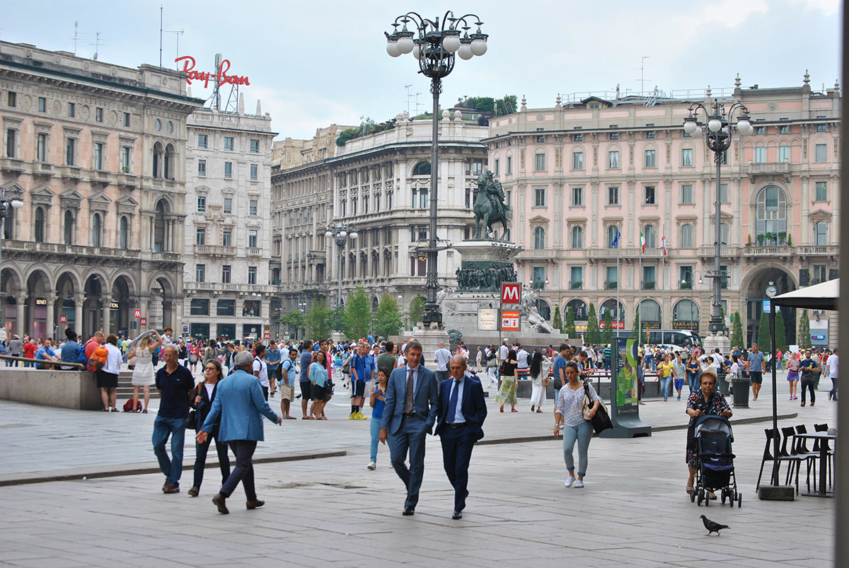 Scarica foto di Milano - gratuite e in alta definizione su Jeyjoo.it! - Piazza del Duomo, Milano